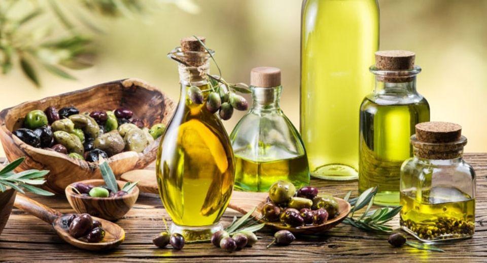El aceite de oliva ecológico fundamental en tu dieta